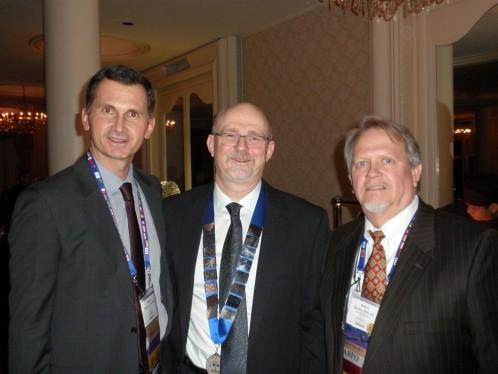 Prof.dr. Dragan Primorac s dosadašnjim predsjednicima Američke akademije za forenzičke znanosti prof.dr. Barry K. Logan (2013-2014) i prof.dr. Robert E. Barsley (2012-2013)